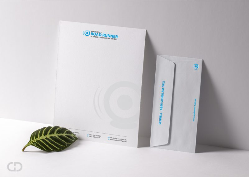 Goldwerk-Roadrunner-Papier-Umschlag